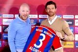 Xabi Alonso apresentado no Bayern de Munique