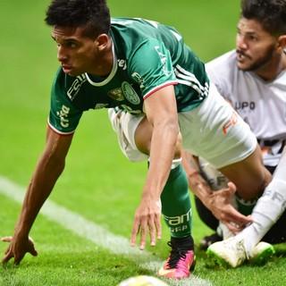 Vitinho Palmeiras x Figueirense (Foto: Marcos Ribolli)