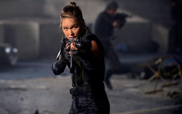 Ronda le quebró costilla al director de''Los Indestructibles 3 '' durante las grabaciones