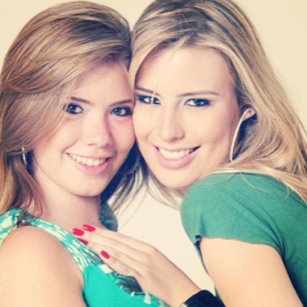 Fernanda e a irmã, Naty (Foto: Reprodução/Instagram)