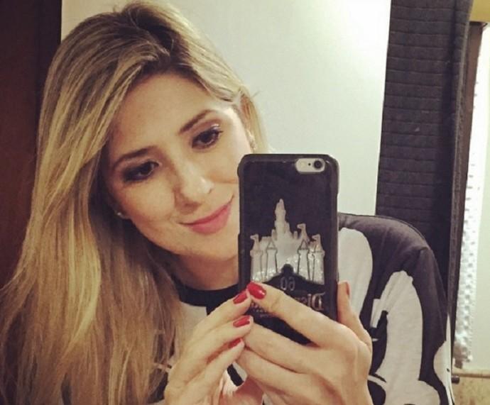 Dani Calabresa diz que selfie no espelho está liberada nas redes sociais (Foto: Arquivo Pessoal)