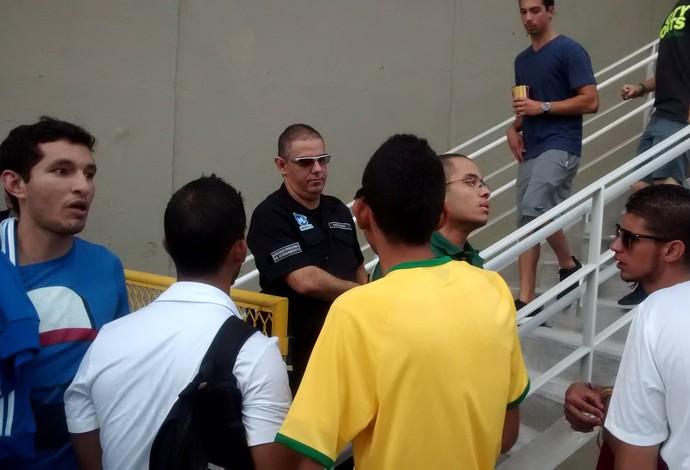 Acesso ao Metrô Maracanã (Foto: Globoesporte.com)