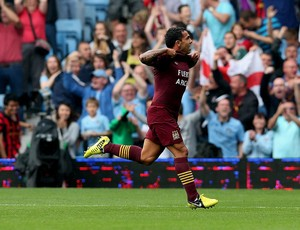 carlos tevez manchester city gol chelsea supercopa Inglaterra (Foto: Ag&#234;ncia Getty Images)