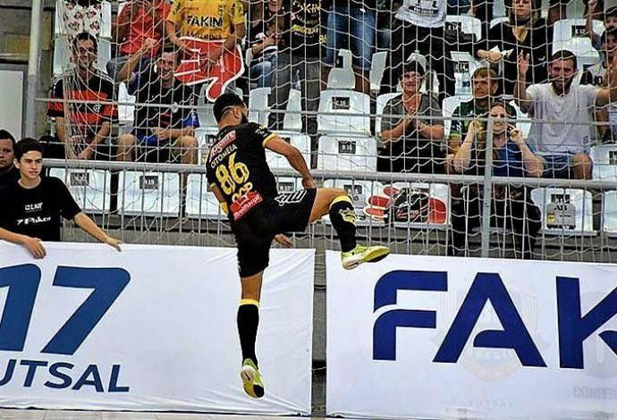 Oitomeia Jaraguá x Paraíso liga nacional de futsal (Foto: Lucas Pavin/Divulgação)