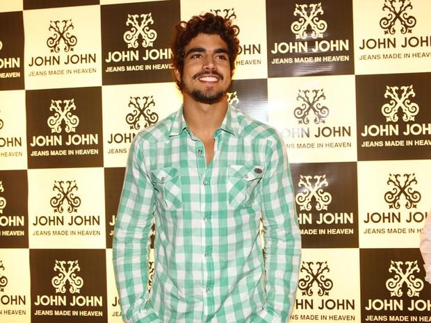 Caio Castro em evento em loja em São Paulo (Foto: Iwi Onodera/ EGO)
