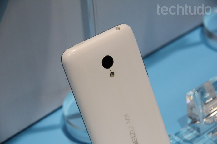 Câmera do Meizu MX3 tem 8 megapixels (Foto: Isadora Díaz/TechTudo)