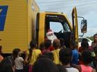 'Papai Noel' leva presentes para mais de 300 crianças carentes de Macapá