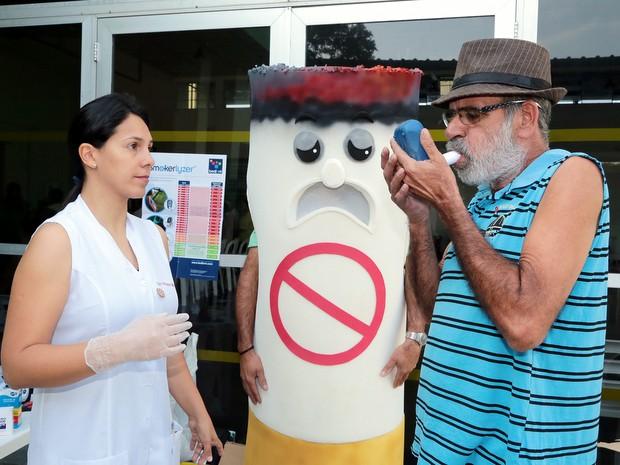 Atividade contra o tabagismo realizada pelo Grupo Respire Saúde em Nova Odessa (Foto: Osnei Réstio/Prefeitura de Nova Odessa)