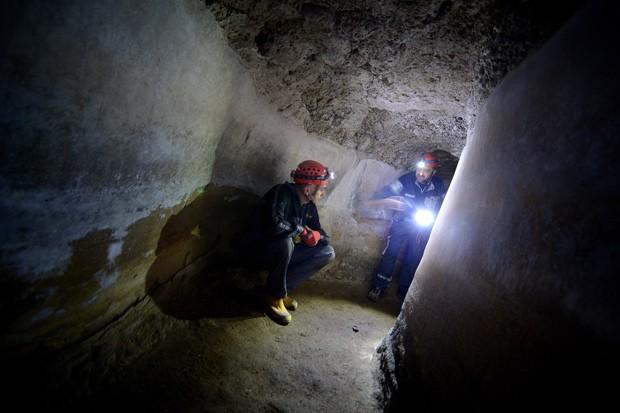 Exploração teve o objetivo de realizar um mapa completo dos aquedutos da Roma Antiga. (Foto: AFP Photo/Filippo Monteforte)