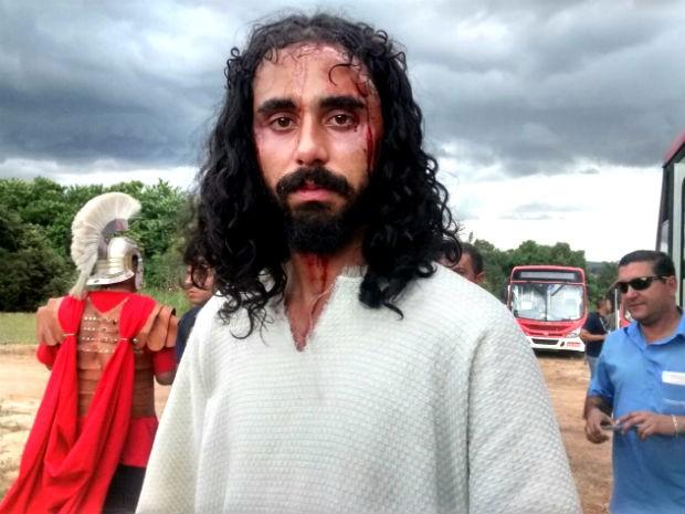 Advogado Marcelo Augusto Ramos interpreta Jesus Cristo pela segunda vez na Via Sacra de Planaltina, no DF (Foto: Isabella Calzolari/G1)