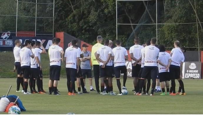Brasil de Pelotas treino Salvador (Foto: Reprodução / Facebook / G.E. Brasil)