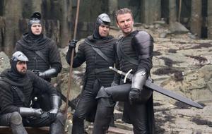 Veja a cena de David Beckham no filme 'Rei Arthur: A Lenda da Espada'