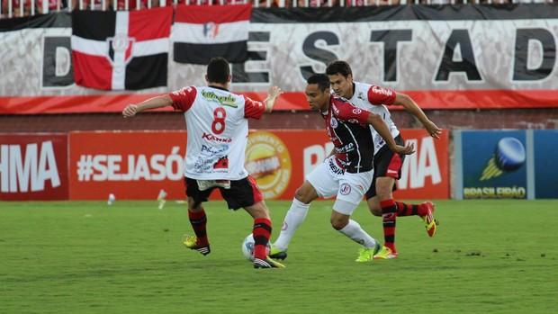 Joinville x Oeste Edigar Junior (Foto: Divulgação/Joinville)