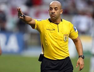 árbitro Jean Pierre Gonçalves Lima (Foto: Agência Estado)