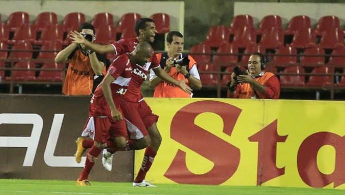 Magrão; CRB x Fortaleza (Foto: Ailton Cruz/ Gazeta de Alagoas)