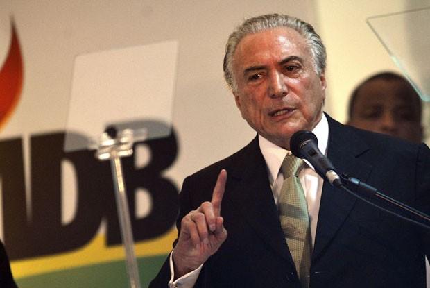 O vice-presidente Michel Temer discursa em congresso do PMDB organizado pela Fundação Ulysses Guimarães (Foto: José Cruz/Agência Brasil)