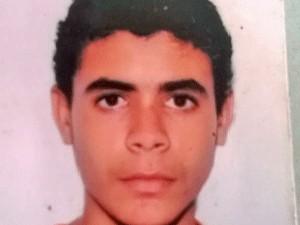João Marcos Ribeiro está desaparecido desde o dia 16 de outubro (Foto: Arquivo pessoal)
