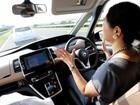 Nissan lança 'piloto automático' limitado, mas não dispensa motorista