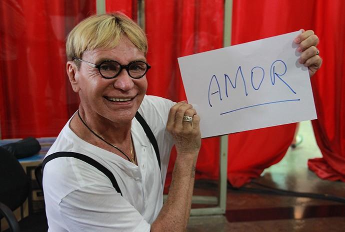 Zezinho Corrêa, vocalista do Carrapicho (Foto: Katiúscia Monteiro/ Rede Amazônica)