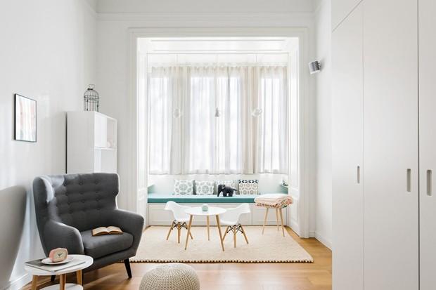 Apartamento aposta no branco sem perder a graça (Foto: SIMONE FURIOSI)