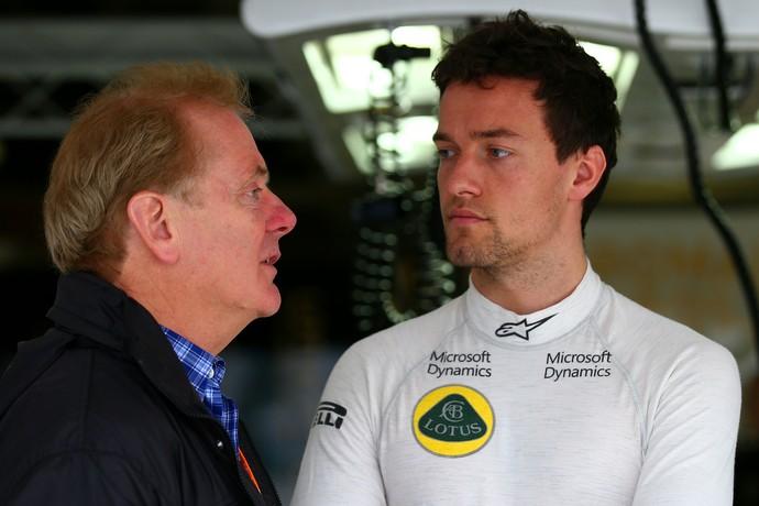 Jonathan e Jolyon Palmer durante o GP do Japão de 2015 (Foto: Getty Images)