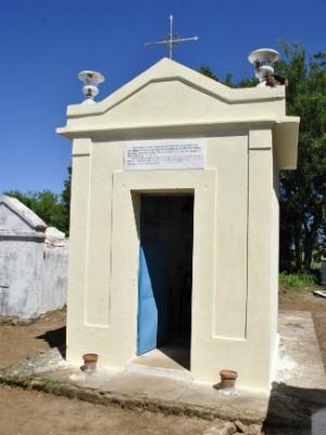 Jazigo de Chico Diabo fica no Cemitério da Guarda, em Bagé (Foto: Arquivo/Jornal Folha do Sul Gaúcho)