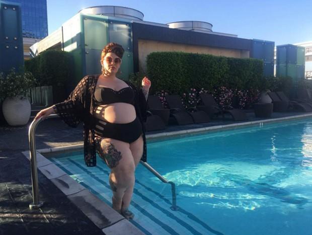 """""""Todas as mulheres devem ser tratadas com dignidade"""", disse Tess Holliday (Foto: Reprodução Instagram)"""
