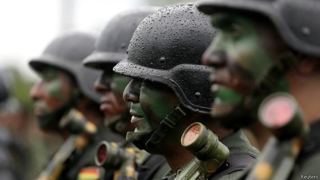 Bolivia quer 'enquadrar' militares que estão fora de forma (Foto: Reuters)