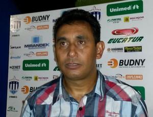 Irani de Almeida, técnico do Ji-Paraná, RO (Foto: Eliete Marques)