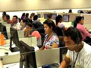 Empresa contrata atendentes para trabalhar em Campinas (Foto: Reprodução/TV Morena)