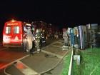 Quadrilha explode carro-forte, mata vigilante e fecha rodovia em SP