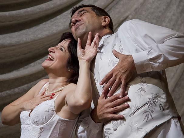 Horas antes da cerimônia do seu casamento, personagens dividem com o público a dúvida de casar ou não (Foto: Divulgação/Silvana Marques)