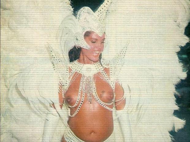 Monique, grávida da filha Bárbara, em 1991 (Foto: Arquivo Pessoal)