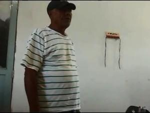 Segundo o MP, o homem que aparece no vídeo recebendo dinheiro seria o prefeito Eraldo Pedro (Foto: Reprodução)