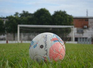 Bola de futebol Acre (Foto: Duaine Rodrigues)