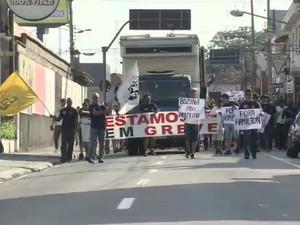 Protesto dos guardas civis de Jacareí (Foto: Reprodução/ TV Vanguarda)