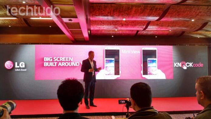 Novo LG G Pro 2: função knock e vídeo em 4K (Foto: Allan Melo / TechTudo)