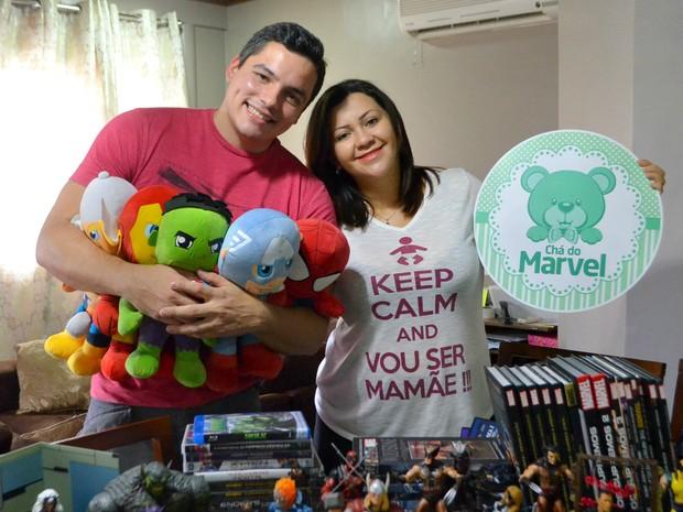 Maurício Júnior e Beatriz Melo vão batizar filho com nome Marvel (Foto: Fabiana Figueiredo/G1)