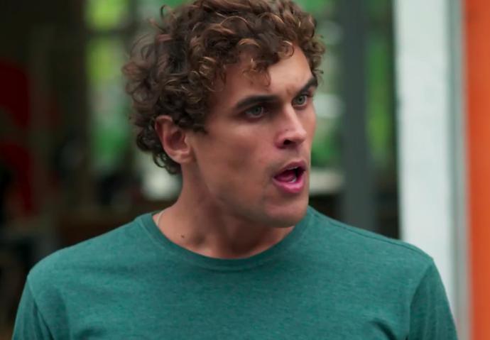 Gabriel fica chocado com atitude da ex (Foto: TV Globo)
