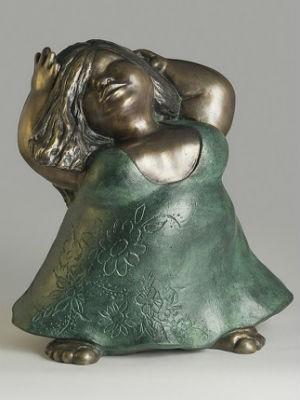 Escultura Dona Flor em bronze (Foto: Caixa Cultural Salvador/ Divulgação )