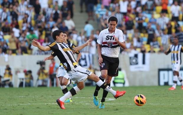 Lance do jogo entre são paulo e botafogo brasileirão (Foto: Rubens Chiri / saopaulofc.net)
