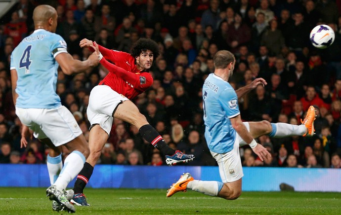 Fellaini, Manchester United x Manchester City (Foto: Reuters)