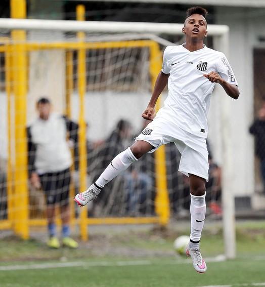 menino  da vila (Pedro Ernesto Guerra Azevedo/Divulgação Santos FC)
