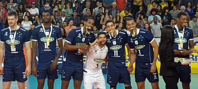 Supercopa de Vôlei, Cruzeiro x Taubaté, Itapetininga (Foto: Rodolfo Quaranta / TV Tem)