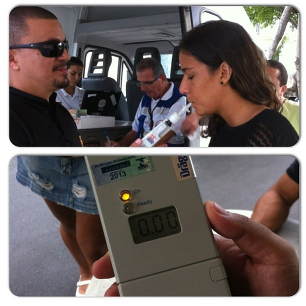 Joanna Maranhão na blitz da lei seca (Foto: Reprodução/Twitter)