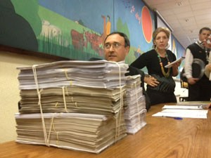 CPI irá analisar cerca de 6 mil páginas de documentos (Foto: Roney Domingos/G1)