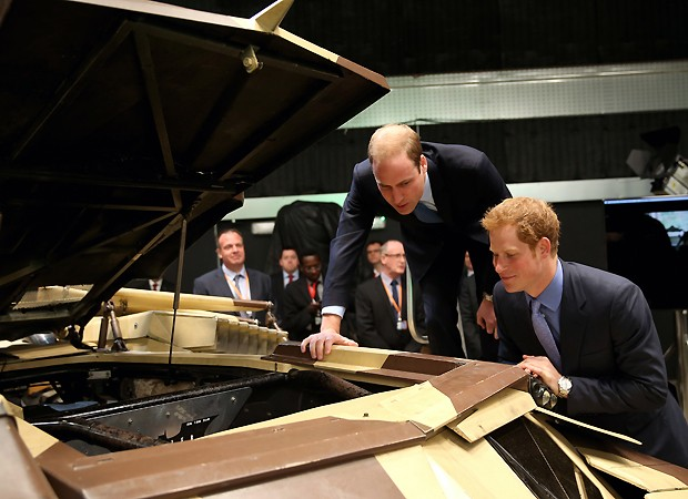 William e Harry (Foto: AP)