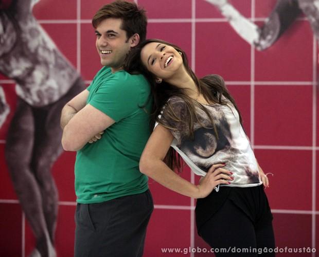 A dupla está entrosada e proporciona momentos fofos (Foto: Domingão do Faustão / TV Globo)