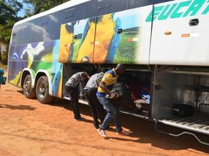 Segundo Ministério da Justiça, novo convênio deve permitir 45 viagens com grupos de imigrantes do Acre para outros estados (Foto: Yuri Marcel/G1)