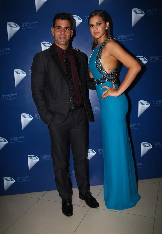 Juliano Cazarré e Bruna Marquezine (Foto: Iwi Onodera / Ego)